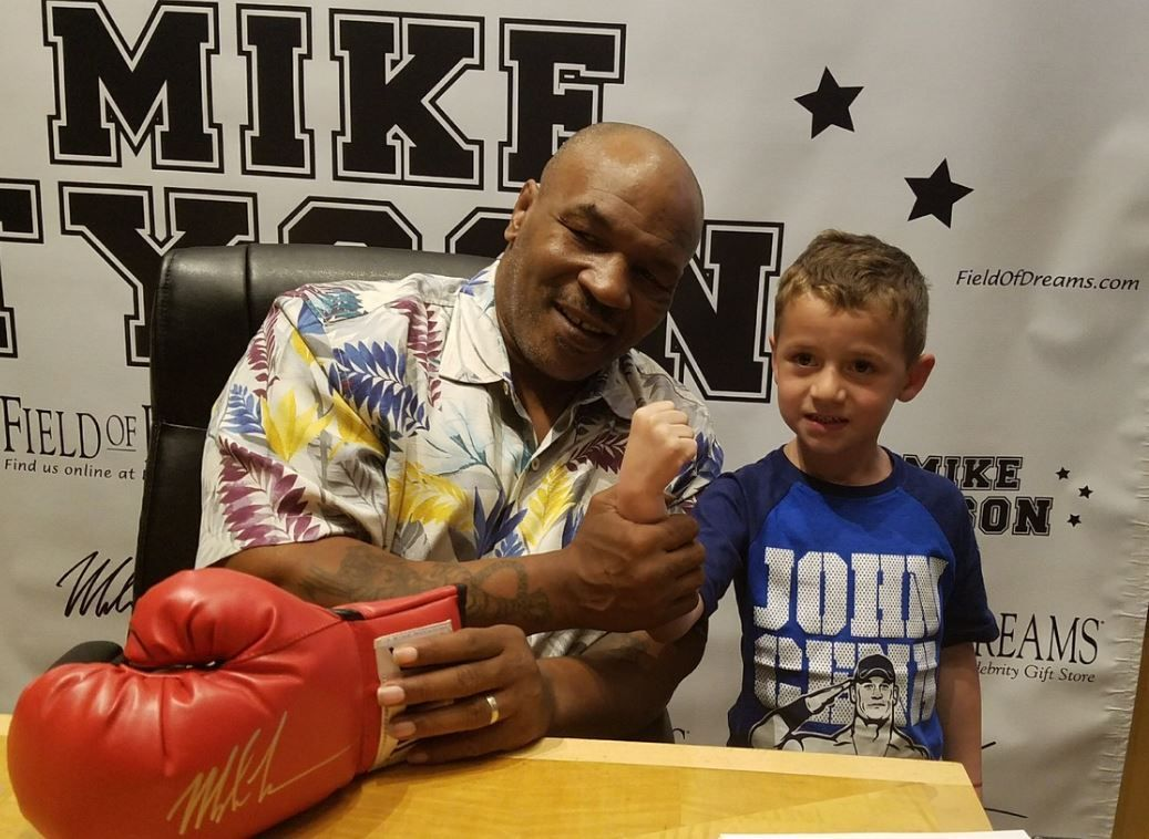 Mike tyson on twitter meet me today and get my autograph in mike tyson on twitter meet me today and get my autograph in lasvegas at fodcaesars and fodvenetian info httpst5nk70p0jv2 m4hsunfo