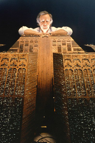 Douglas Trumbull looms over the minature of the Tyrell Corporation pyramid #bladerunner @TheCinegogue @colebrax @cinemaofdreams @WrongReel<br>http://pic.twitter.com/KG7UjlbQky