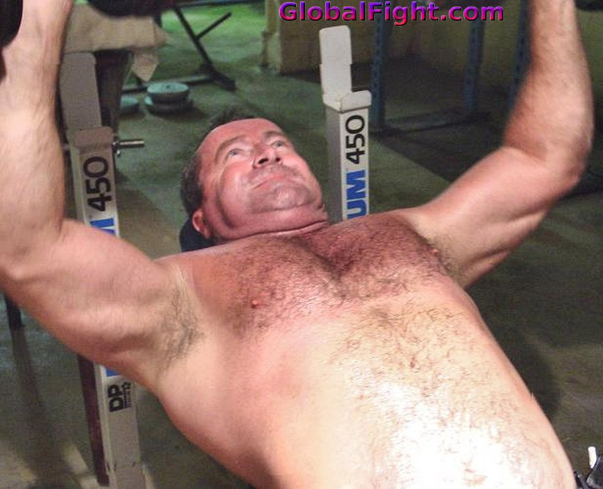 My  http:// GLOBALFIGHT.com  &nbsp;   TN bench pressing pal #bench #pressing #musclebear #gym #fitness #healthy #muscles #man #men #benching #workout<br>http://pic.twitter.com/ei2fOMXo1r