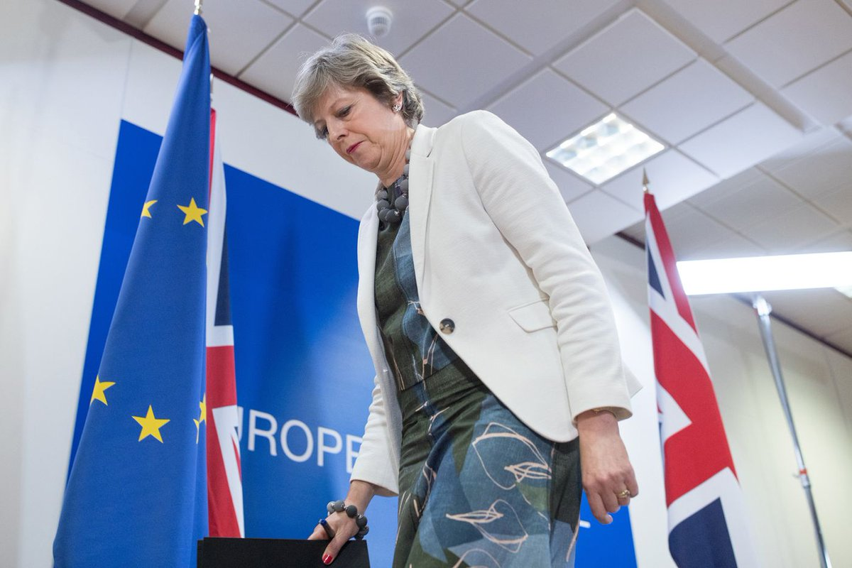 Political price looms for May as she mulls UK's #Brexit bill https://t.co/WFHKHYETqd via @TimRoss_1 @IanWishart