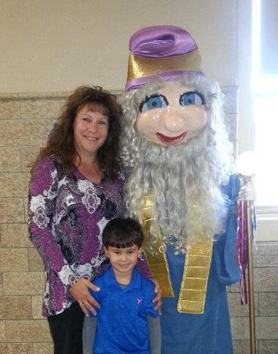 test Twitter Media - Hanover Elementary recently received a visit from the UGI Reading Wizard during a recent @RIFWEB book event at Hanover Elementary. https://t.co/6KYbeqcVaa