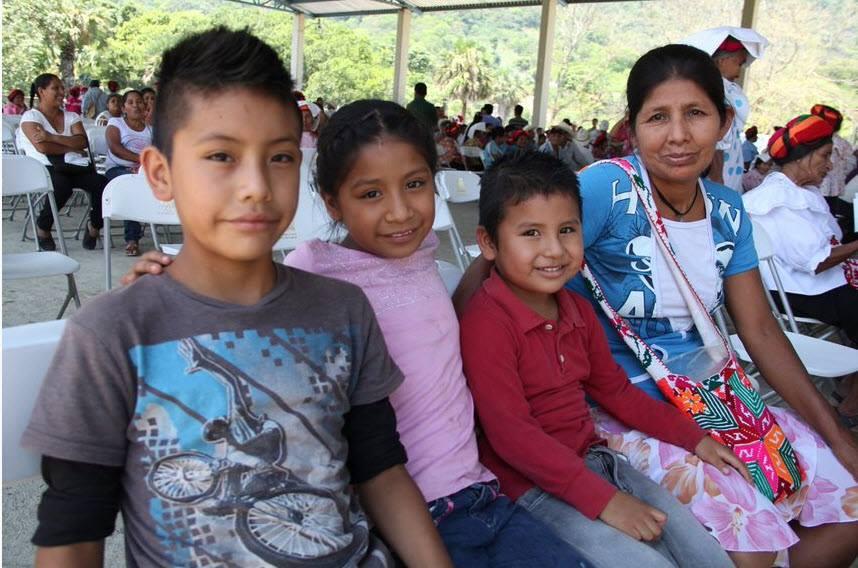 En PROSPERA atendemos de manera integral a las familias mexicanas brin...