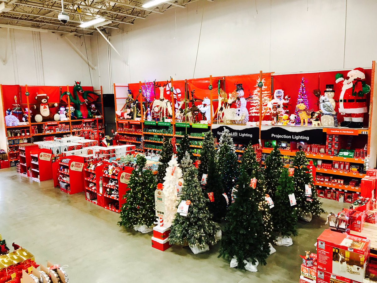 Thank you team for doing a great job w/ Holiday reset and making sure it was done safe and sound!!#285MET #people #pride #passion<br>http://pic.twitter.com/LhzPiZwz8q