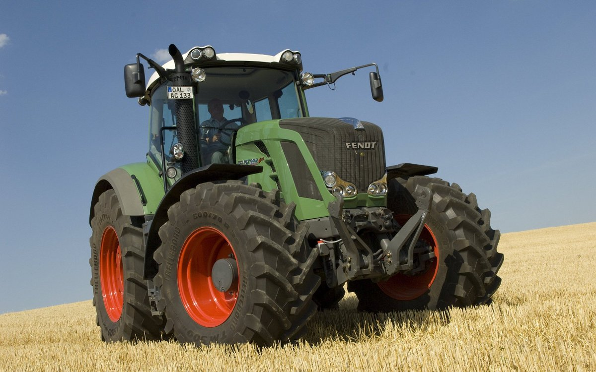 видео с тракторами - 11