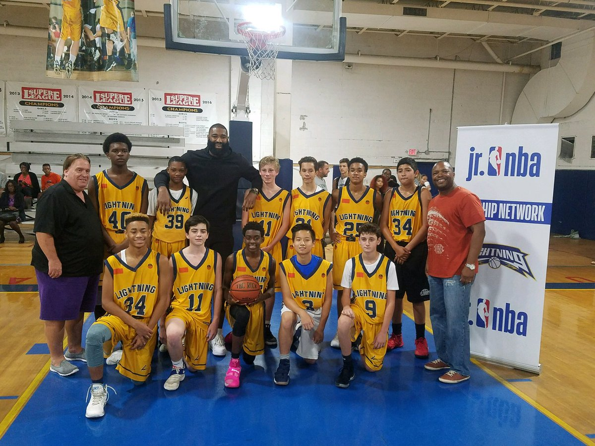 kyle oquinn of the new york knicks come down and visit lightning lacorte during some fall league action at island garden httpstcony4jxol6ei - Island Garden Basketball