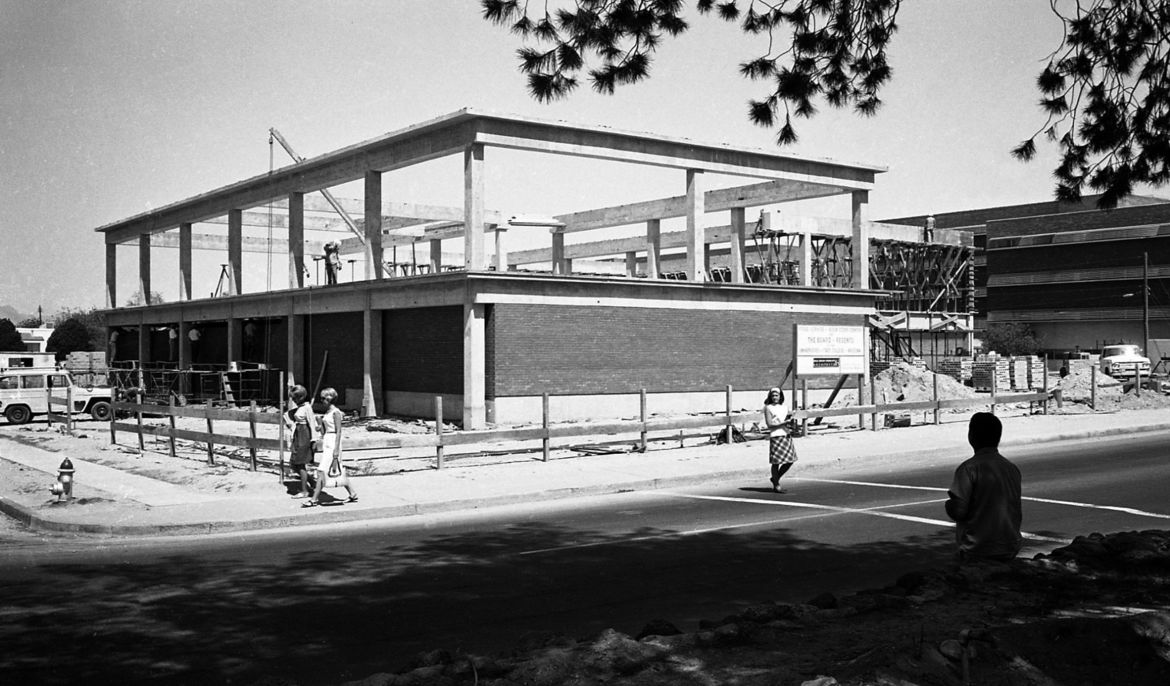 Then and Now: UA campus in 50s, 60s, 70s and today https://t.co/vhg7N7olPQ