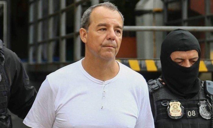 Cabral é condenado a 13 anos de prisão por lavagem de dinheiro. https://t.co/ZBrkb1MfyX