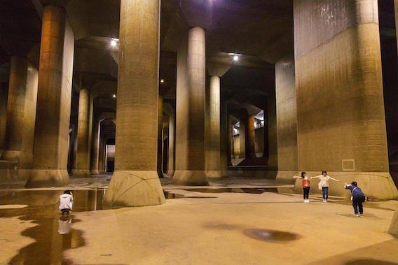 Tóquio se prepara para inundações extremas com galerias que poderiam abrigar a estátua da Liberdade https://t.co/YVxRAjaEws