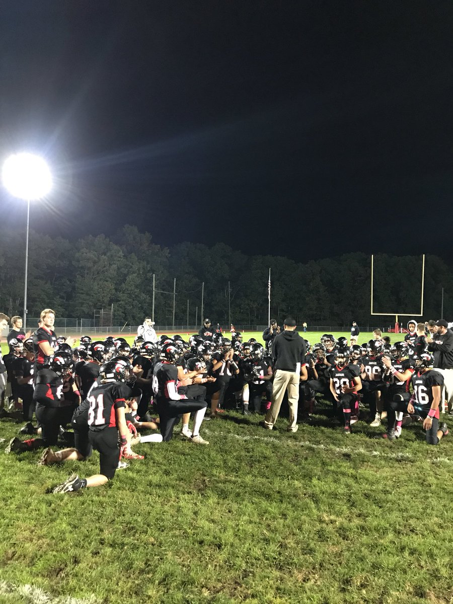 Awesome TEAM win 42-14 tonight over TRE moving your Jaguars to 5-2 overall #Discipline #Pride #Sacrifice #TEAM<br>http://pic.twitter.com/nGph4Xf68i