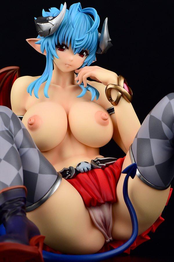 「濡れ透け小悪魔イヴ:specⅡコミックアンリアルVol.50 Cover Girl designed by モグダン」 差し替え、差し替え、楽しいなぁ。