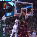 RT @BleacherReport: Bron blocks Giannis 👀 👑 https:...
