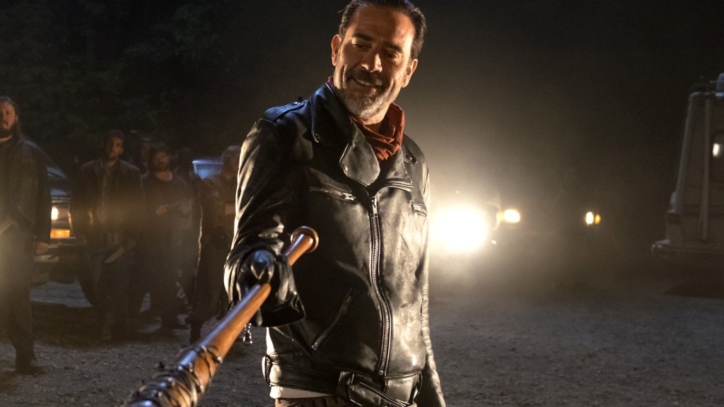 In honor of Sunday's season premiere, the 12 best episodes of #TheWalkingDead so far https://t.co/UI6TQh14Qv