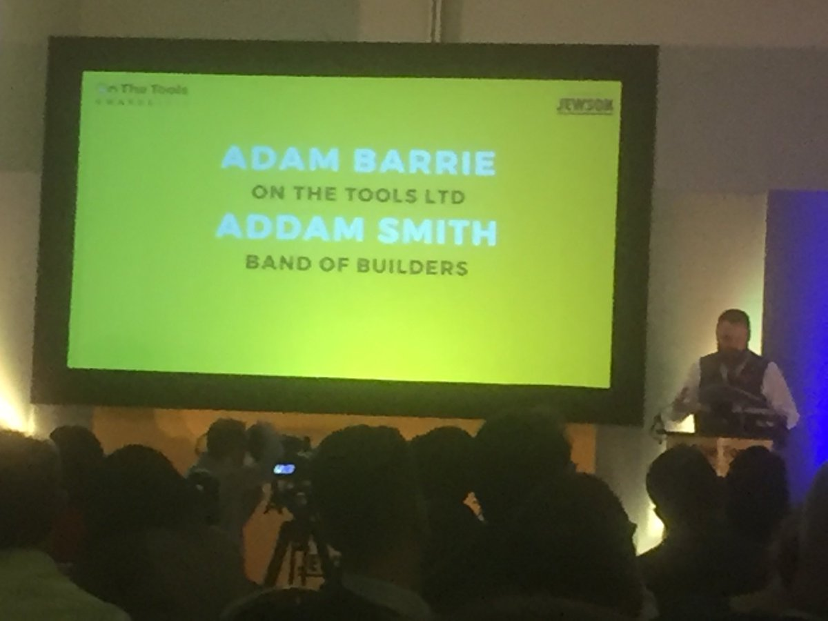 Addam Smith @bandofbuilders_ @OnTheTooIs #OTTAwards2017 Fantastic charity. Well done Addam and the team! Keep up the good work from @HofECF pic.twitter.com/3ZriimOfLD