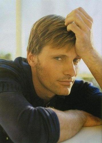 HAPPY BIRTHDAY VIGGO MORTENSEN!!! One of my favourite actors in the hoooole world and one of my role models