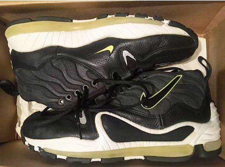 check out 5ddd9 890df Finish Line on Twitter