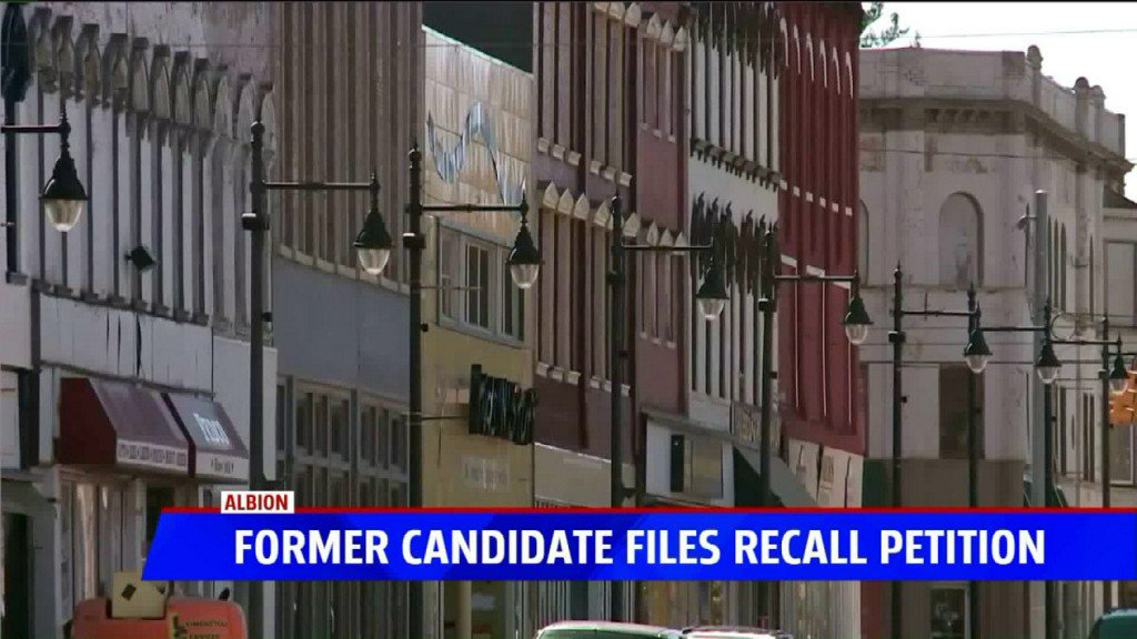 Personal protection order, recall petition filed against Albion mayor https://t.co/QyXX4s6goj