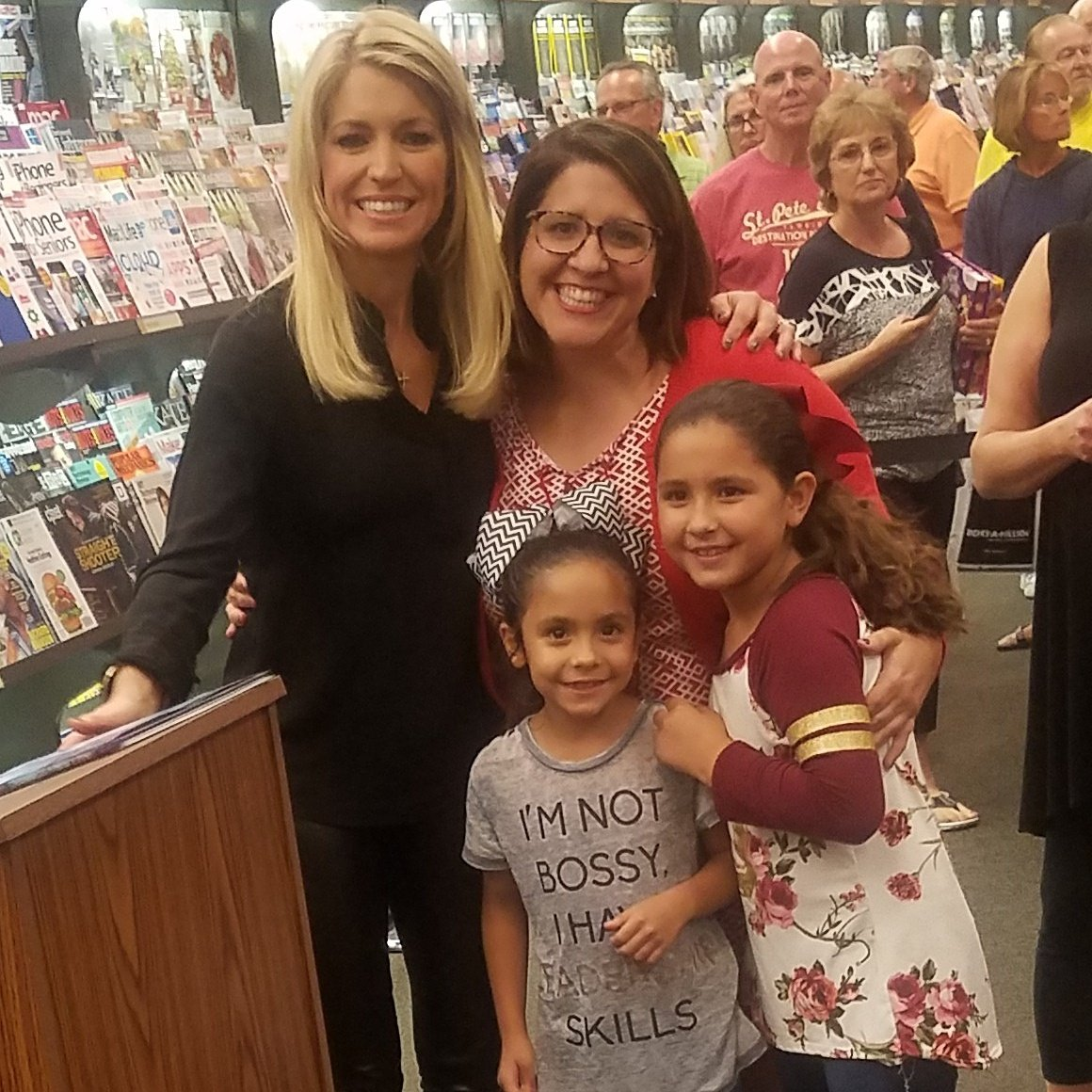 Just a girl from #SouthCarolina  @ainsleyearhardt such a pleasure for us to meet you tonight in #MyrtleBeach!<br>http://pic.twitter.com/7XCRO6e8Ft