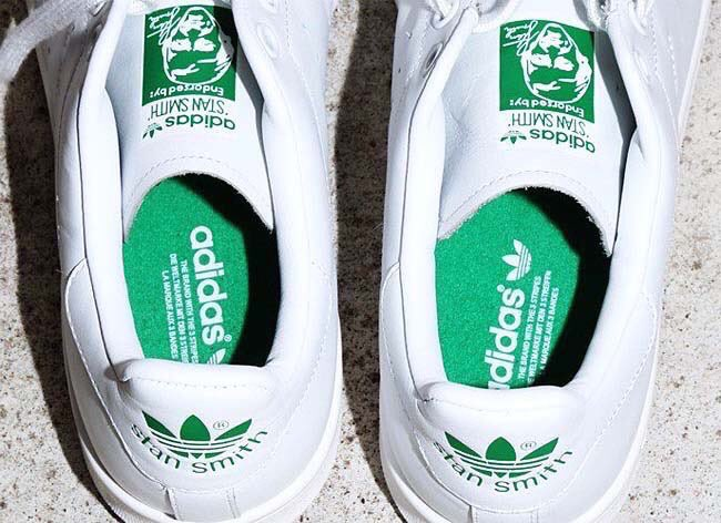 ADIDAS ORIGNALS STAN SMITH BEAMS FTWWHT/FTWWHT/GREEN BB0464 ⇒ http:// sneaker-place.com/adidas/1476  &nbsp;   #ADIDAS #STANSMITH #スニーカー<br>http://pic.twitter.com/rWKrKZLY1F