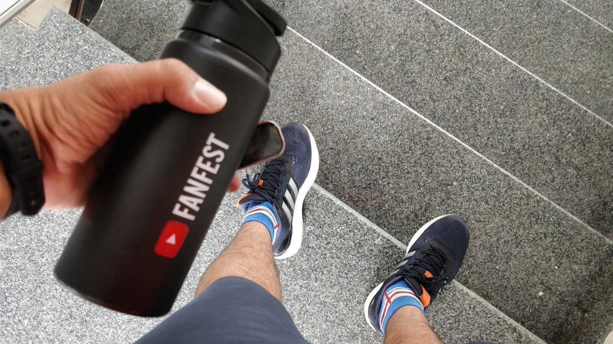Saturdays are #legdays, the days when you walk like a dinosaur.   #fitness #fitnessmotivation #adidas #supernova #weekend #krisgethin<br>http://pic.twitter.com/SdpnzklgXd