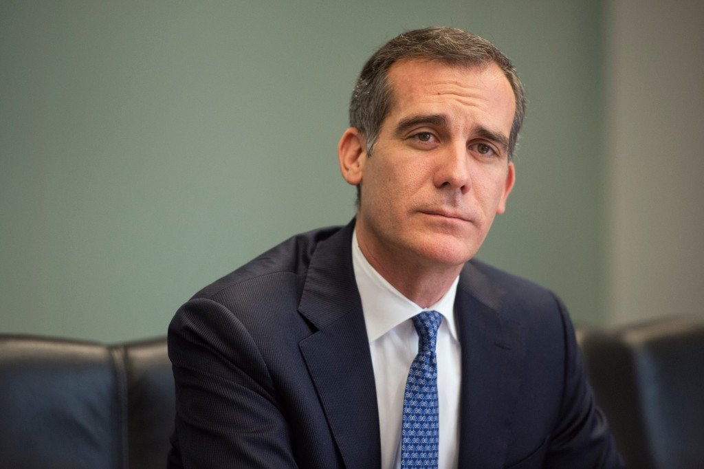 Eric Garcetti is mayor of Los Angeles, not the president — he should act like it https://t.co/S0HHkalqgx