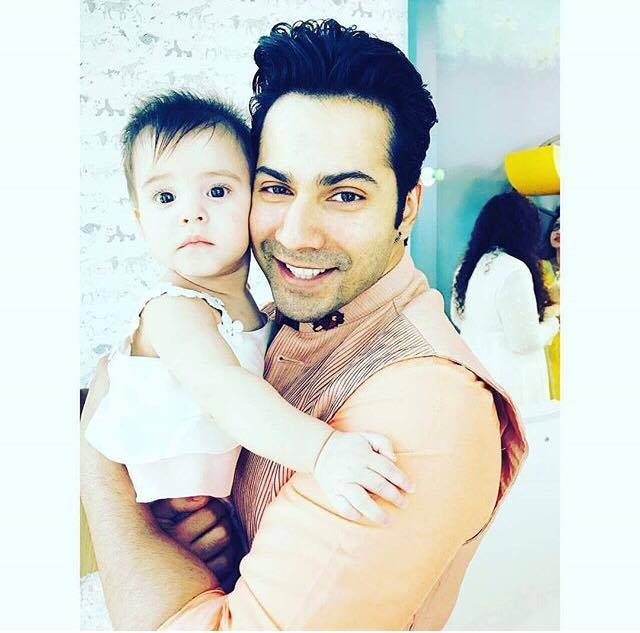 .@Varun_dvn's super cute picture with @karanjohar's daughter Roohi! ht...