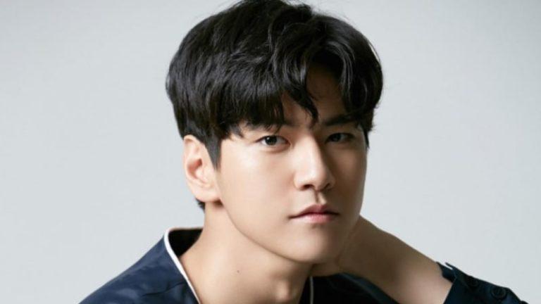 """Actor Kim Hyun Joon From """"Hwarang"""" To Ap..."""