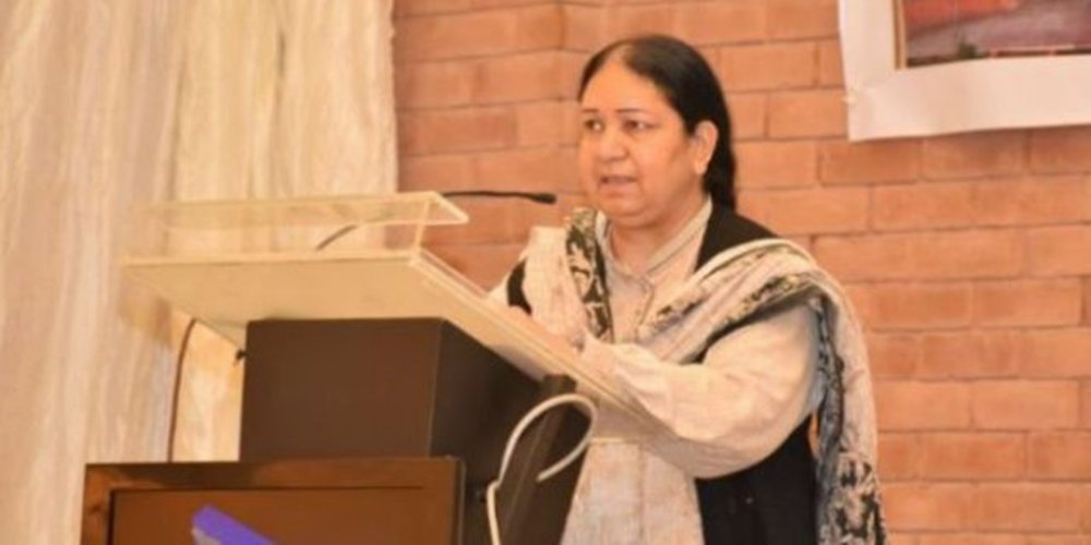 #Pakistan's Dr. Shahida Hasnain wins #UNESCO Prize for Microbiology &amp; named laureate of Unesco Carlos J. Finlay Prize 2017. <br>http://pic.twitter.com/NMRMSgl2t1