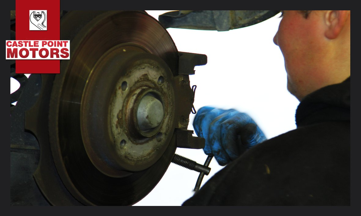 Choose Castle Point for your next #Service &gt;&gt;&gt;  http:// bit.ly/CastlePointGen eralServicing &nbsp; …  #Benfleet #Mechanics<br>http://pic.twitter.com/MMTJqmsvET