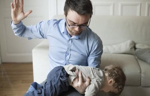 [ICYMI] It&#39;s now illegal to spank your child in #SA  http:// ebx.sh/2zE5W91  &nbsp;  <br>http://pic.twitter.com/C3pYEEVVvj