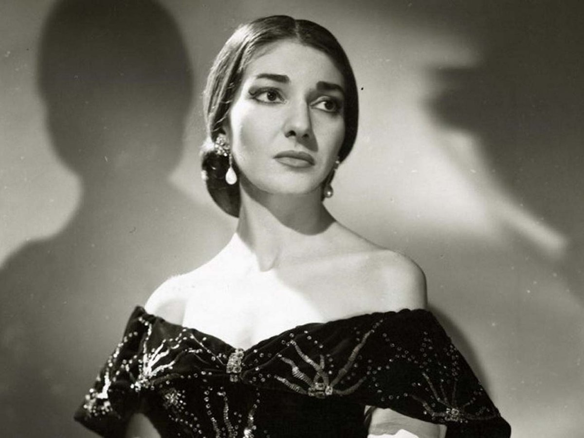 Maria #CALLAS sings #VERDI, &quot;AVE MARIA&quot; from #Opera &quot;OTELLO&quot; #music #lirica #art #otello #ClassicalMusic #iloveart  https://www. youtube.com/watch?v=Z9nrtF kj6Bo &nbsp; … <br>http://pic.twitter.com/p6YtRifHYp