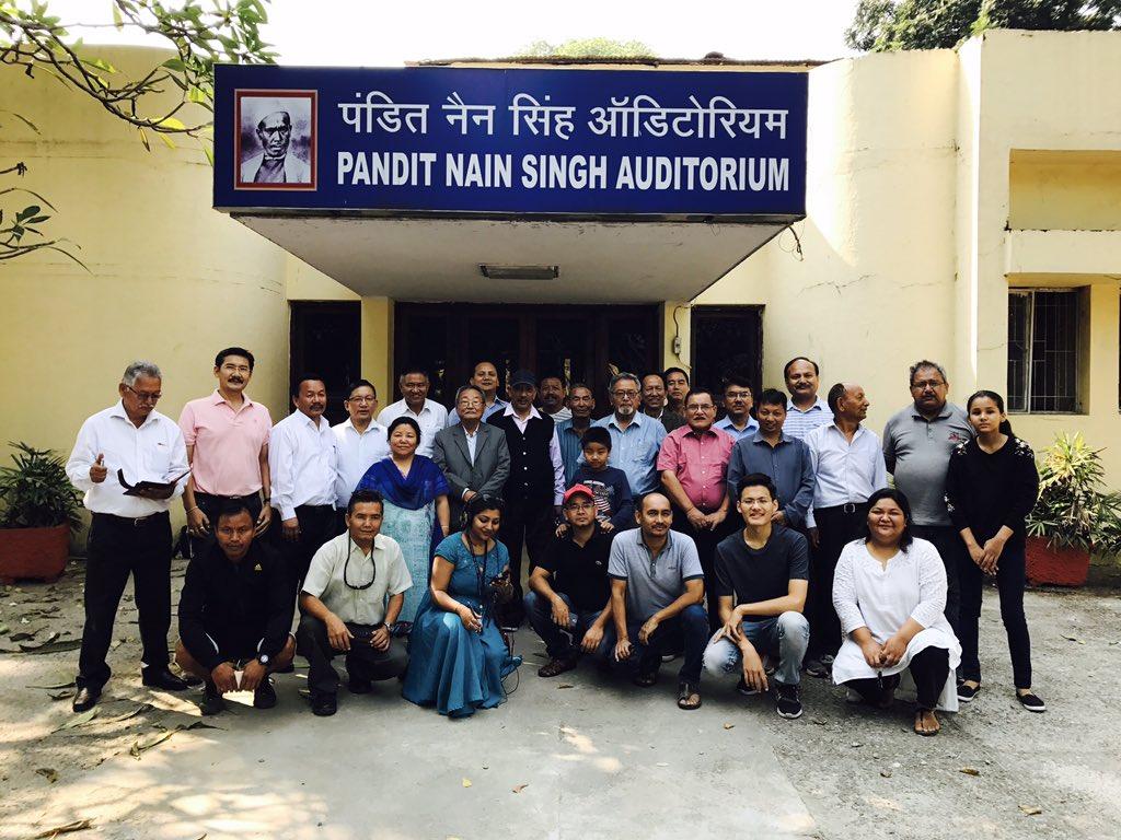 #Googledoodle #forgottenheroes187th birthday of the CIE(mPundit Nain Singh Rawat&#39;s birthday celebration with his community members!<br>http://pic.twitter.com/Gm5jwdpDiM