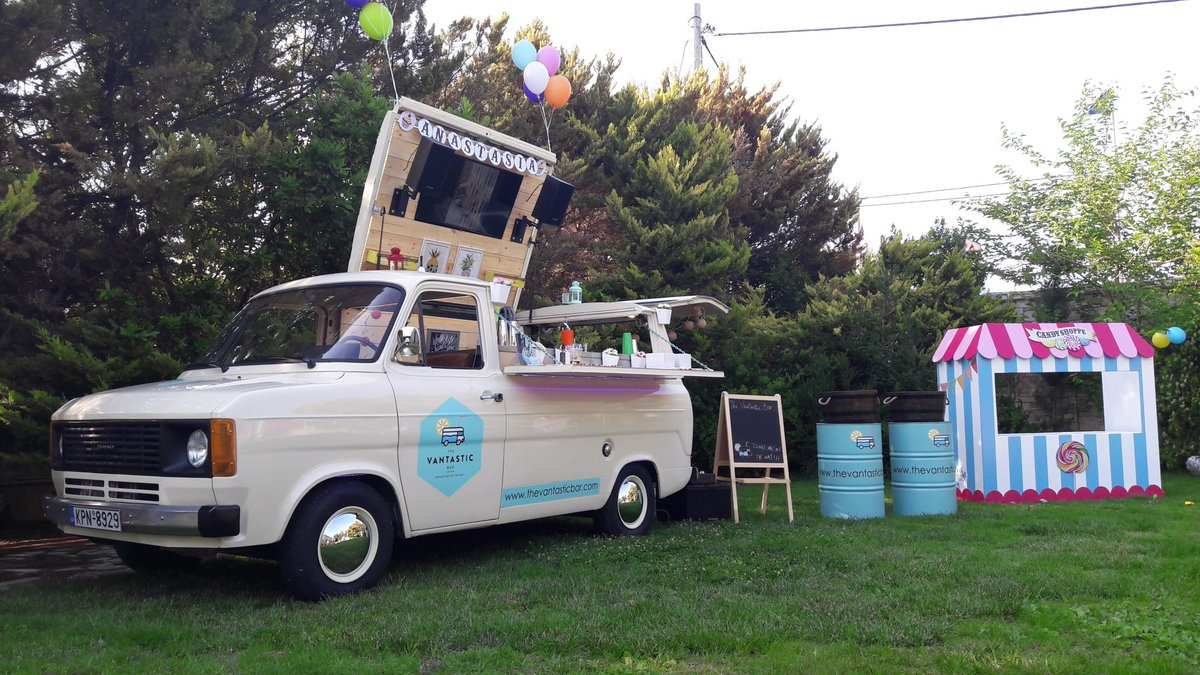 Drinks are on their way! Do you run your business form your Van? We&#39;d love to hear from you #vanlife #vannin #businessinavan #vaninsurance<br>http://pic.twitter.com/qpnYSi0lu2