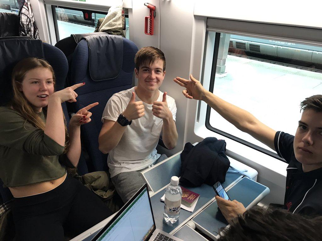 @Eurostar young triathletes travelling to Belgium for a 2 week training camp thanks @EUErasmusPlus @AbsoluteTri #epluspeople #ErasmusPlusUK<br>http://pic.twitter.com/H0pL3df8HS