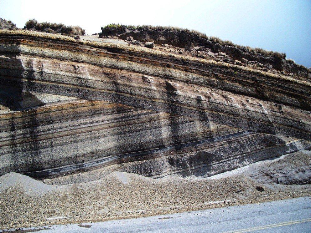 igneous rock and ecuador