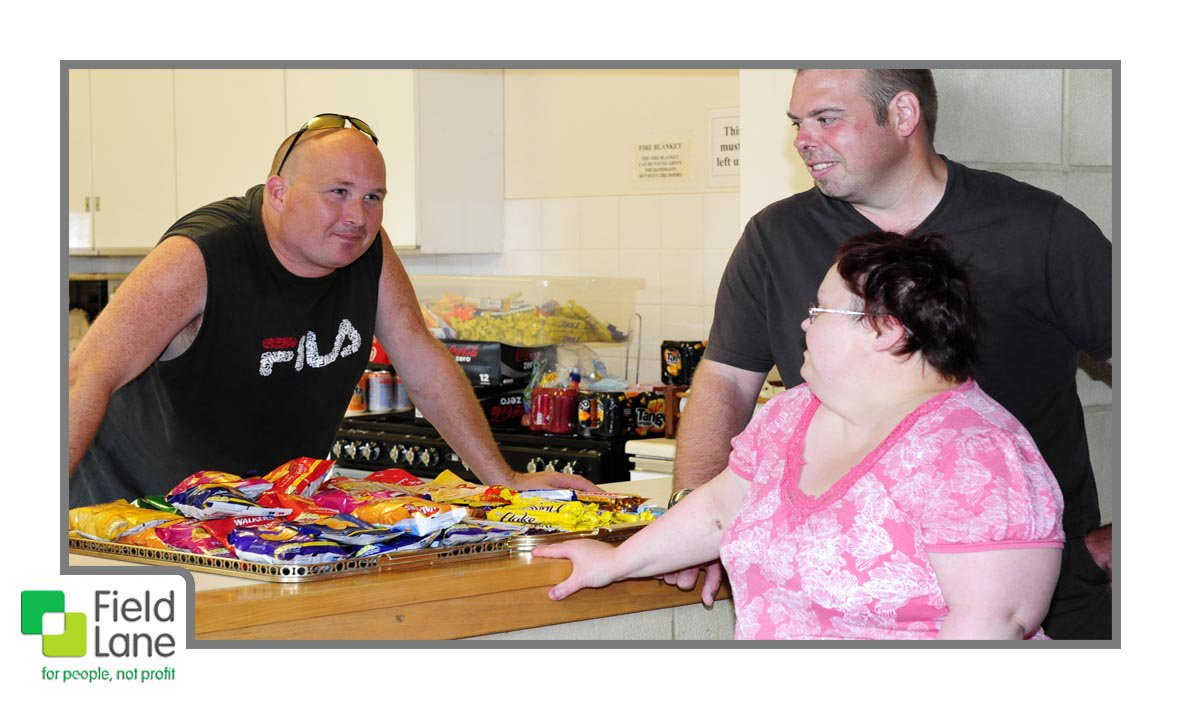 Adult disability doesn&#39;t stop community involvement. Read more  &gt;  http:// bit.ly/FLLearningDisa bilities &nbsp; …  #Disability <br>http://pic.twitter.com/nIQOaYDcPW