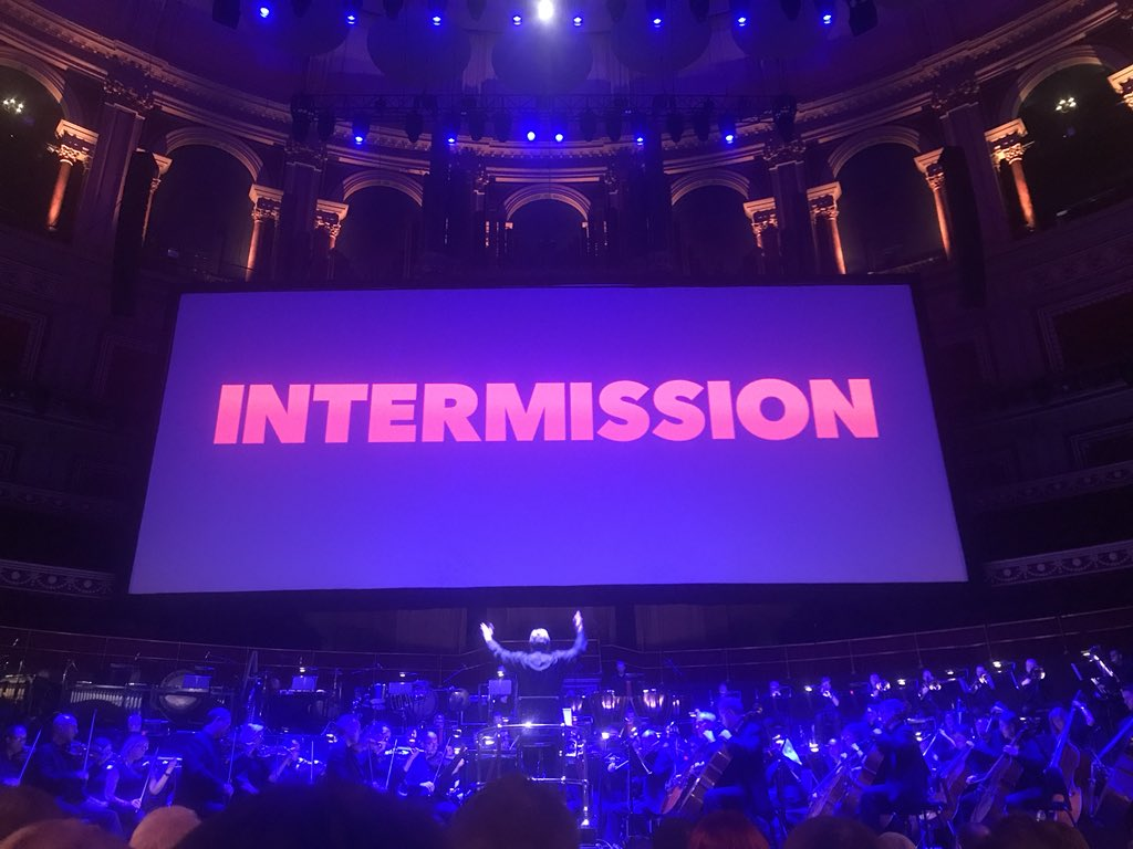 What a first half The opening attack on Chrissie stunned the 5,000 strong audience into silence  #Jaws still had the power to captivate <br>http://pic.twitter.com/eUmqoeuLqv