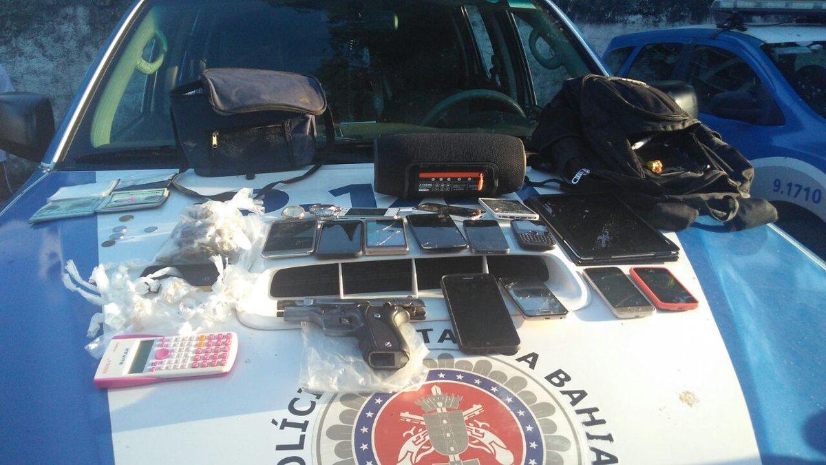Quadrilha que assaltou clínica é presa após celular roubado ser rastreado https://t.co/M8zBmhPlIq