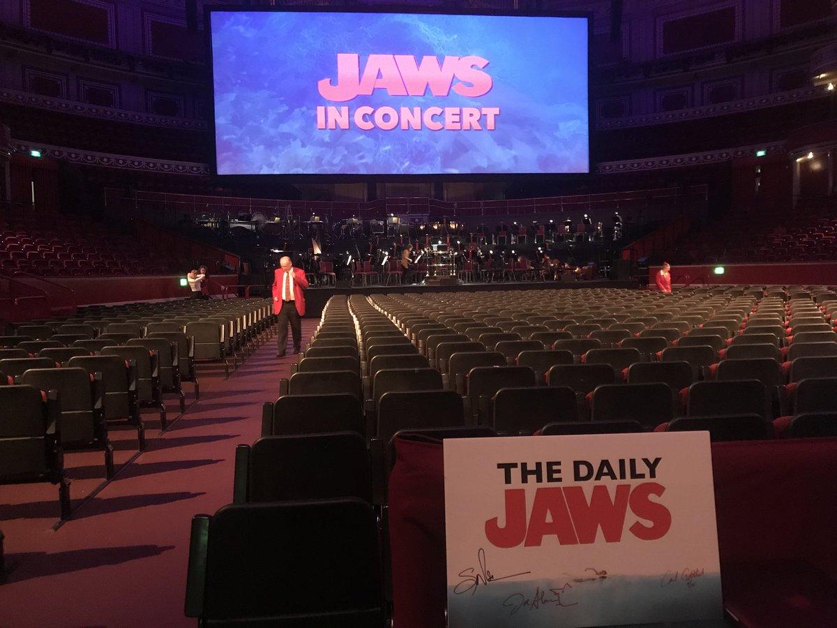 Goosebumps.... #jaws #jawsinconcert #music #concert #live #royalalberthall #london<br>http://pic.twitter.com/1RNOC3bAox
