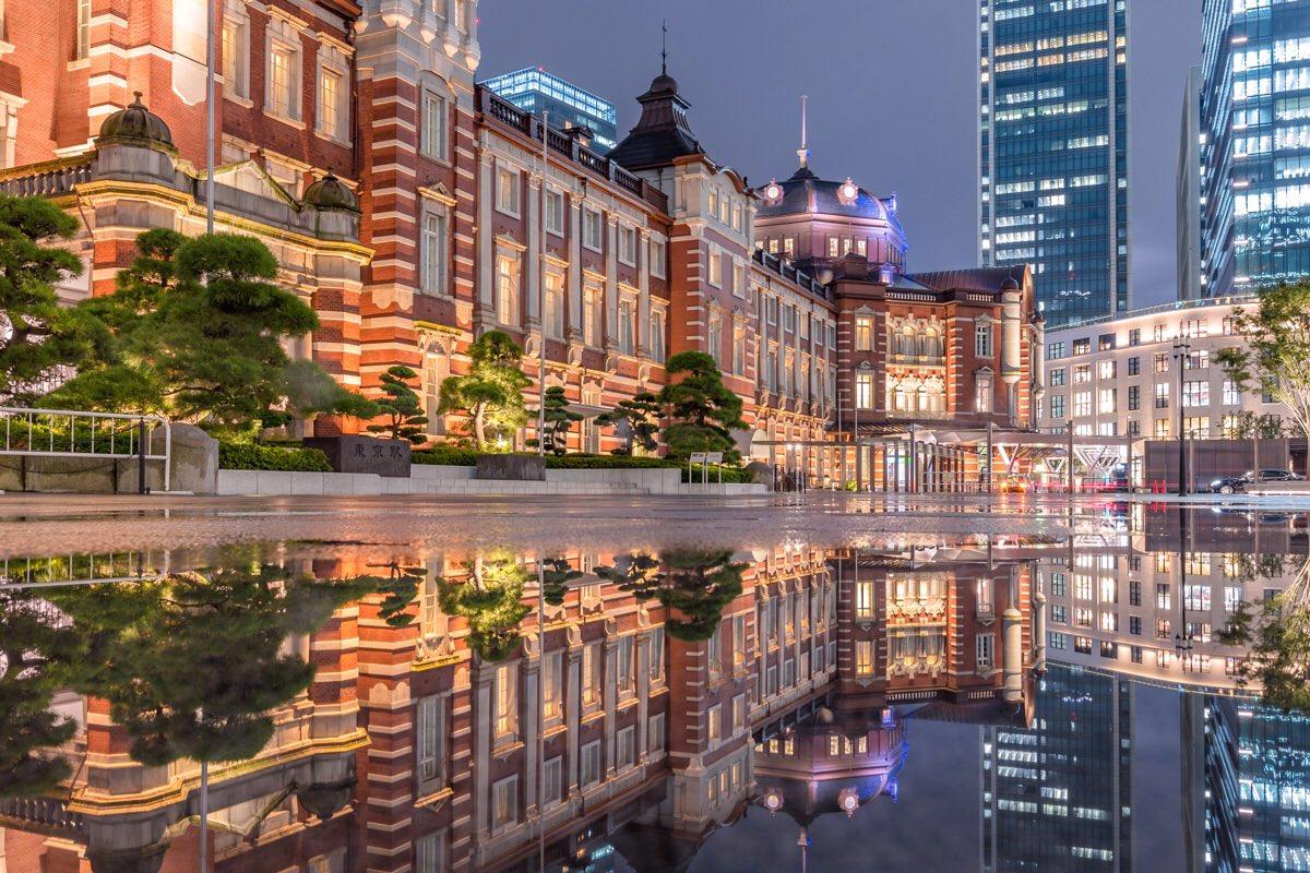 雨の日の愉しみ#東京駅 pic.twitter.com/nlHUAU0M5D