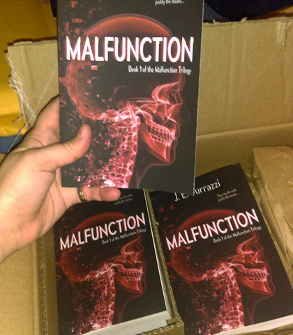 I&#39;ve spent some time this morning signing copies and getting them ready to send out. Amazing feeling. #authorslife #Malfunction<br>http://pic.twitter.com/33ALkXH0Qh