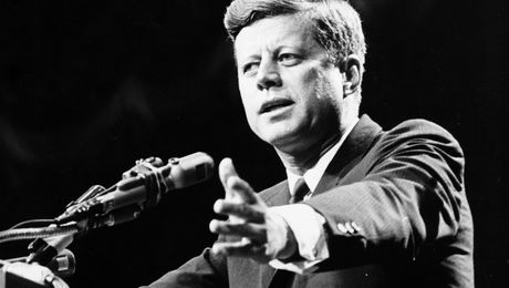 President Trump says he will allow the release of classified JFK files https://t.co/2B23C7BxVt