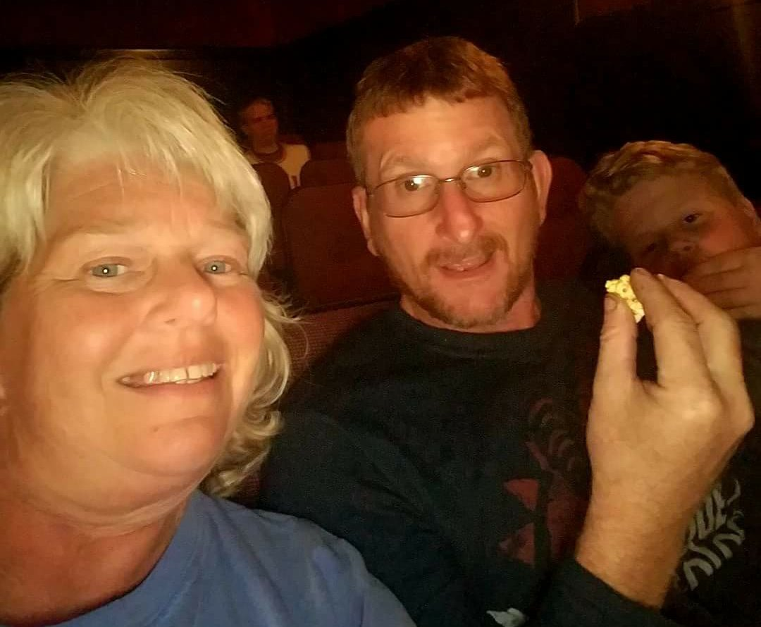 @tylerperry The family, taking in Boo2....