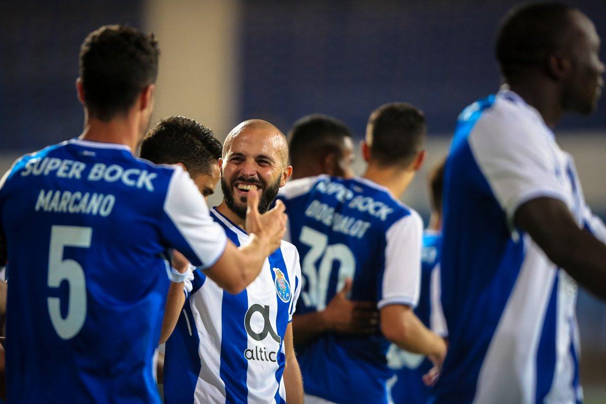 Preparados para logo?   ✅ 1º Lugar ✅ Melhor ataque (19 golos) ✅ Melhor defesa (3 golos sofridos) ✅ 7 vitórias, 1 empate  #FCPorto #FCPFCPF