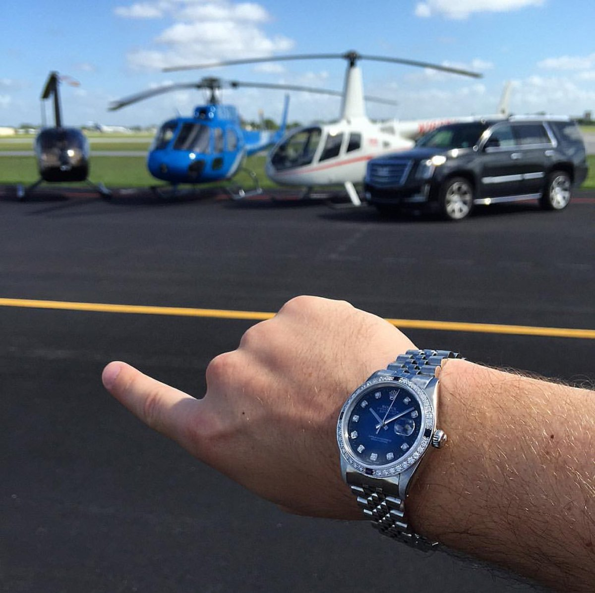 Time to fly! The only question is which one?  #helicopter #helicopters #helicoptero #escalade #rolex #miami #southbeach #diamonds # # <br>http://pic.twitter.com/O8rhIXqIDD