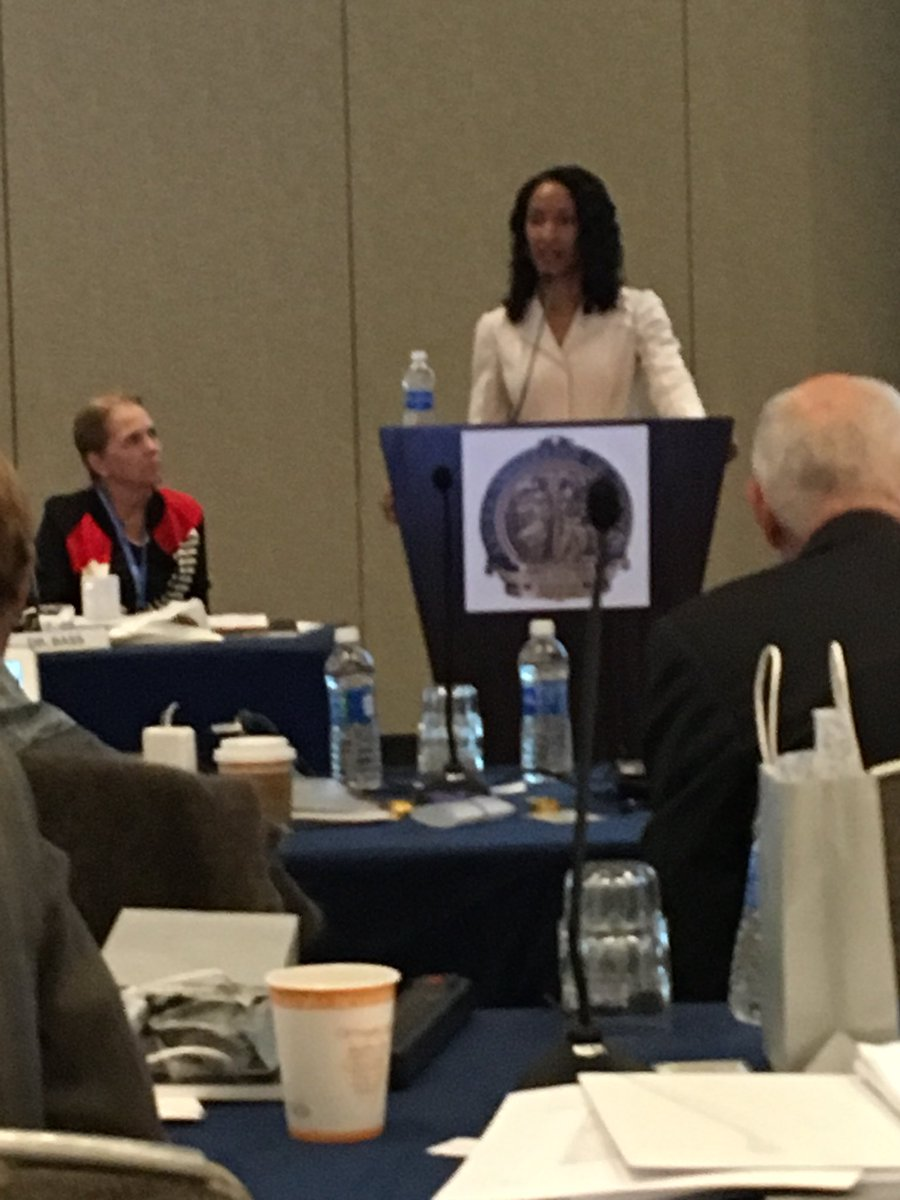@pturnermd describes to @AmCollSurgeons Board of Regents about some of the many #SoMe and social aspects of #ACSCC17 @RASACS @JAmCollSurg<br>http://pic.twitter.com/2SWeomfawB