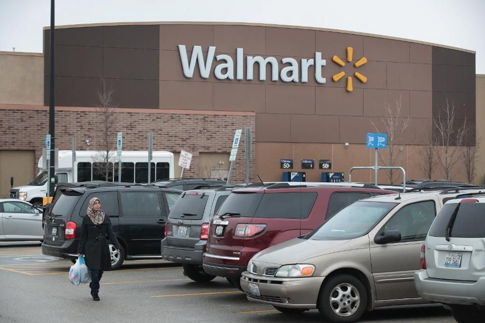 #Walmart is an innovator. It has turned to technology to stay competitive with #Amazon.  https:// buff.ly/2yGlwTn  &nbsp;   via @Forbes #CX<br>http://pic.twitter.com/gzMn1SV9W2