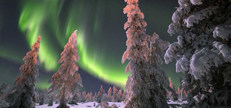 #Space weather influences #Earth: Researchers @UCalgary @csa_asc studying how auroras impact technology and climate  http:// goo.gl/cUzCGv  &nbsp;  <br>http://pic.twitter.com/vZDEBnwaj8