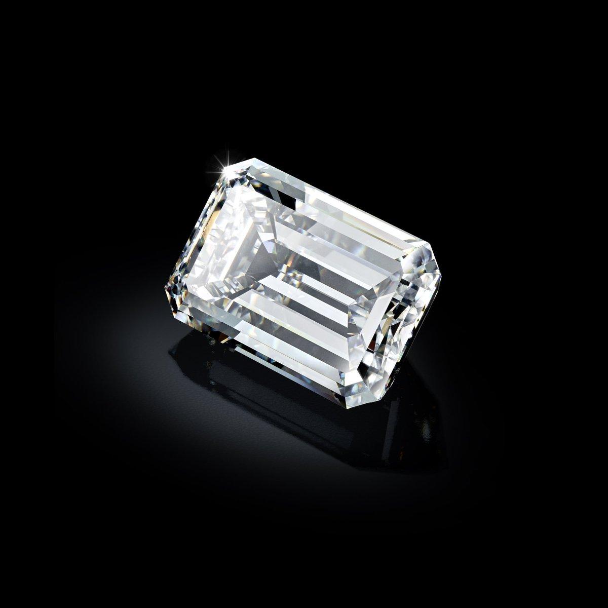 Whatever the angle, this extraordinary gem shines in literally dazzling glory.  #deGRISOGONO #TheArtofdeGRISOGONO  #Diamonds #Christies<br>http://pic.twitter.com/QJ70EVl80w