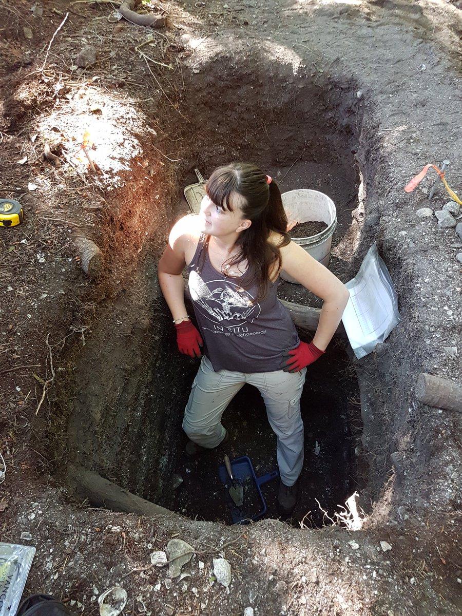 Sometimes we look a bit dusty during #fieldwork #scientist #archaeology<br>http://pic.twitter.com/jcwblhvEQR