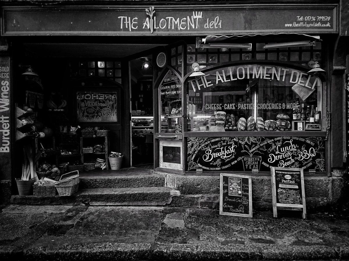 The allotment deli, St Ives #blackandwhite #Cornwall<br>http://pic.twitter.com/0eGTvcKhlh